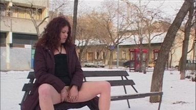 PUBLIC PEE GIRLS / Extreme Public Piss Girls No.5