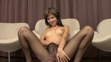 NYLON PEE GIRLS / Nikita Pee in her Nylons