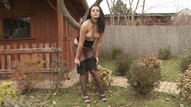 NYLON PEE GIRLS / Ramona Pee in her Nylons