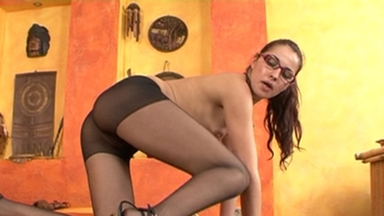 NYLON PEE GIRLS / Sabrina Pee in her Nylons