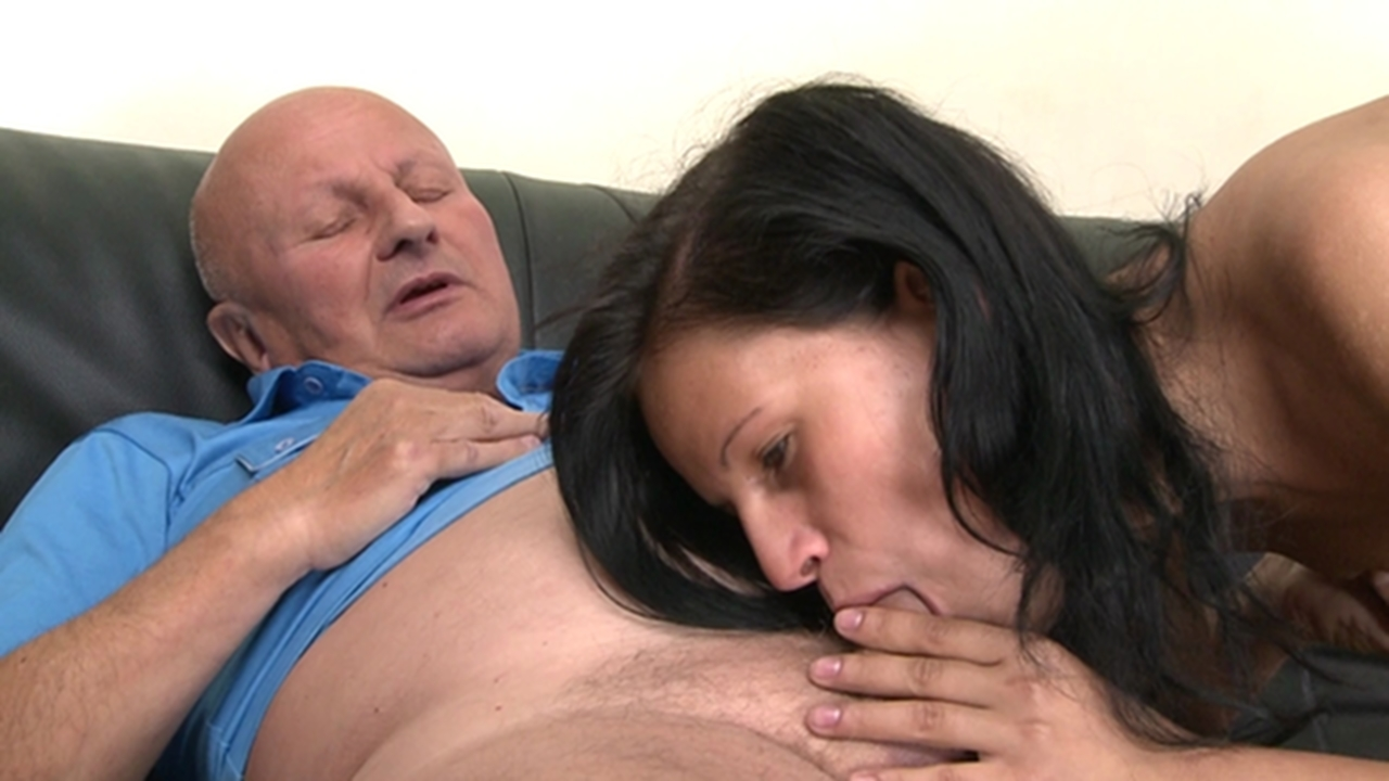 uncles-porn-video-thumbs-fucking-my-best-friends-older-sister
