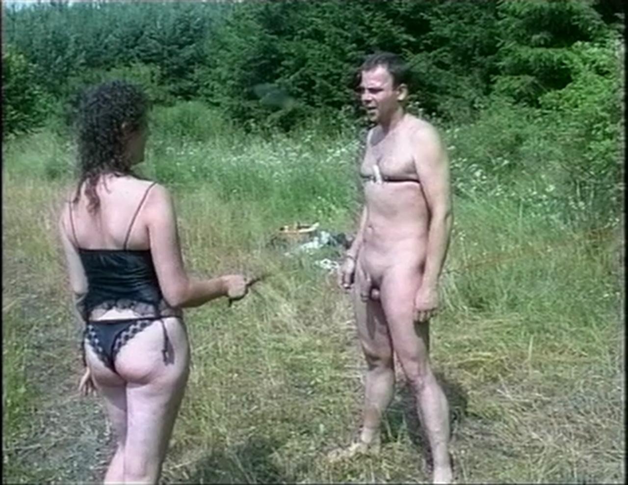 Amateur girl orgy