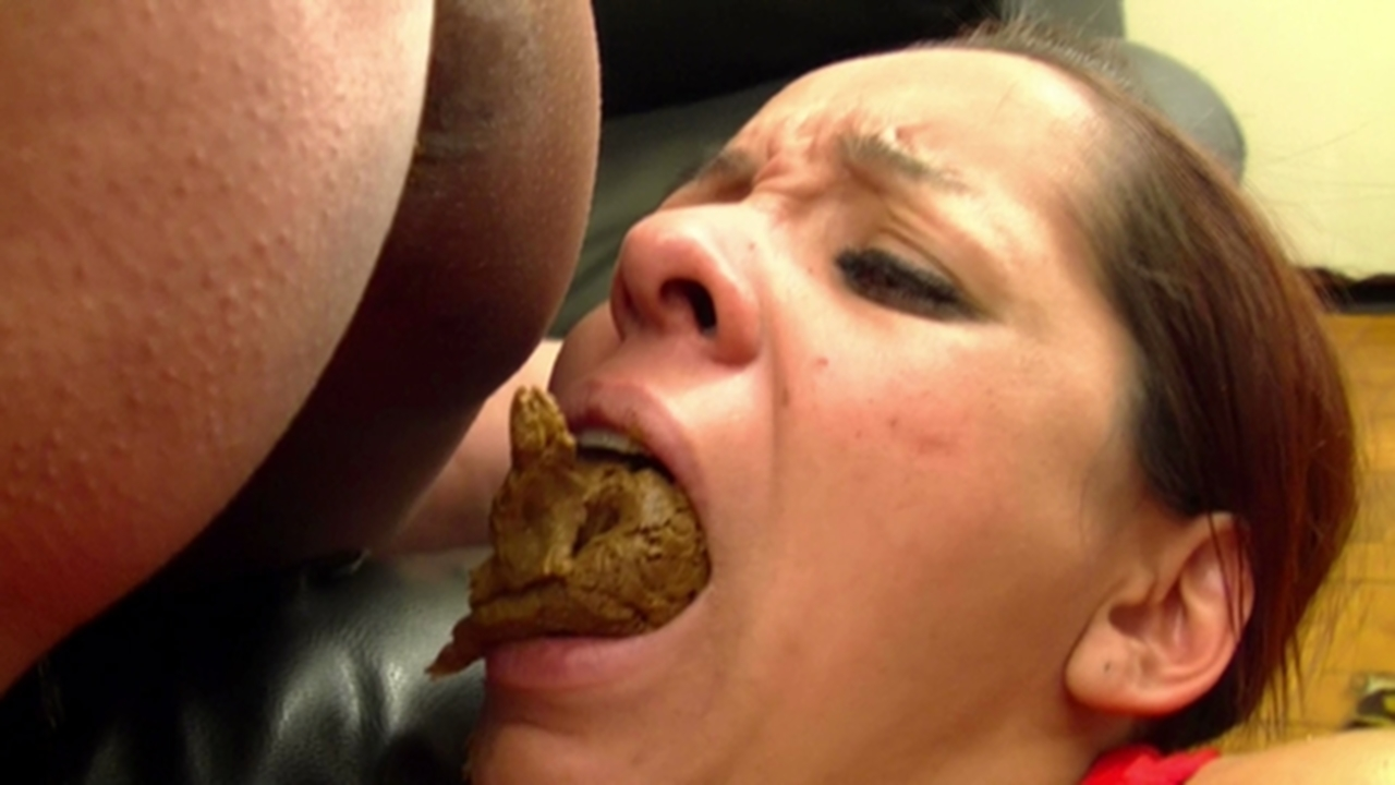 Son gives stepmom a breakfast creampie 1