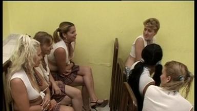 THEME SCAT MOVIES / Lesbian Scat Schoolgirls - Scat Lesson