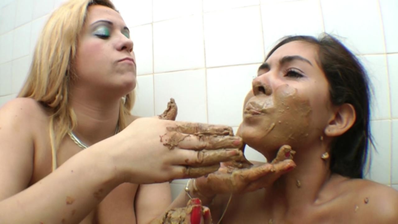 Amateur bathroom sex