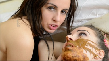 SCAT INTO MOUTH / Scat Love - Real Leasbian Scat Party by new Top Girl Merida Brown and Melania