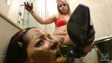 SCAT INTO MOUTH / Scat Toilette Fight By Anny Portilla