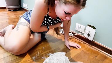 VOMIT GIRLS / Deep Feet Vomit Extreme By Top Model Mirella Gati