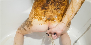 SCAT INTO MOUTH / Skinny Red Head Top Amateur Scat And Pee By Top Russian Model Jelena Part 5