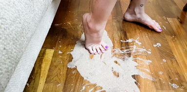 Deep Feet Vomit Extreme By Top Model Mirella Gati