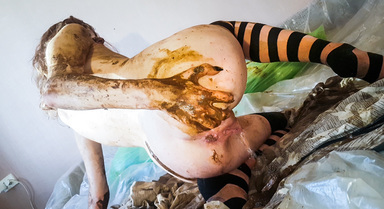 Skinny Red Head Top Amateur Scat And Pee By Top Russian Model Jelena Part 3
