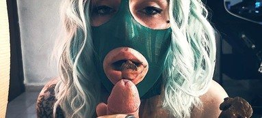 COOPERATE SCAT GIRLS / Scat Eat And Shit Sucking By Top Babe Betty- The Green Mask
